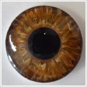 Beispiel bernsteinfarbene Augen für die Liebespuppe